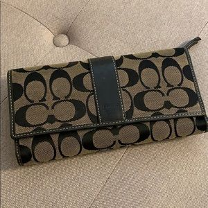 Coach full wallet with check book accessory